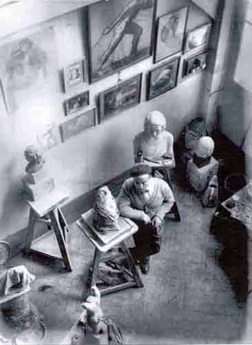 paul simon dans son atelier par Brassaï